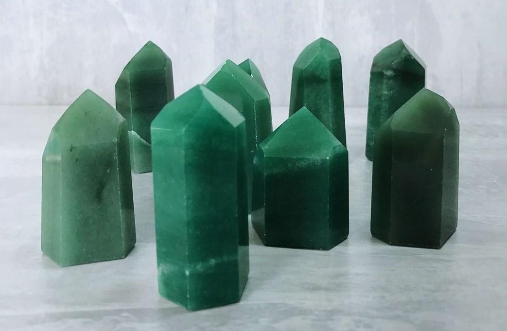 pontas de quartzo verde da loja Bortoluzzi Shop dos Cristais