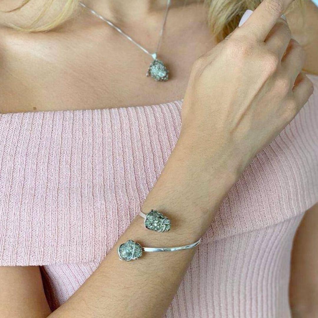 bracelete pirita, pedra da prosperidade da marca shop dos cristais