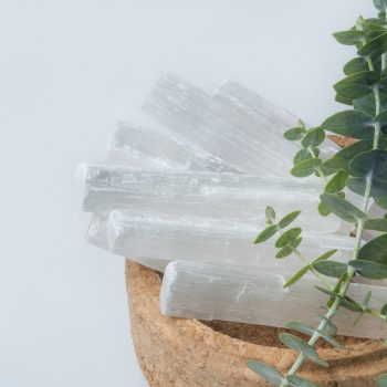 Selenita: cristal da pureza e da espiritualidade