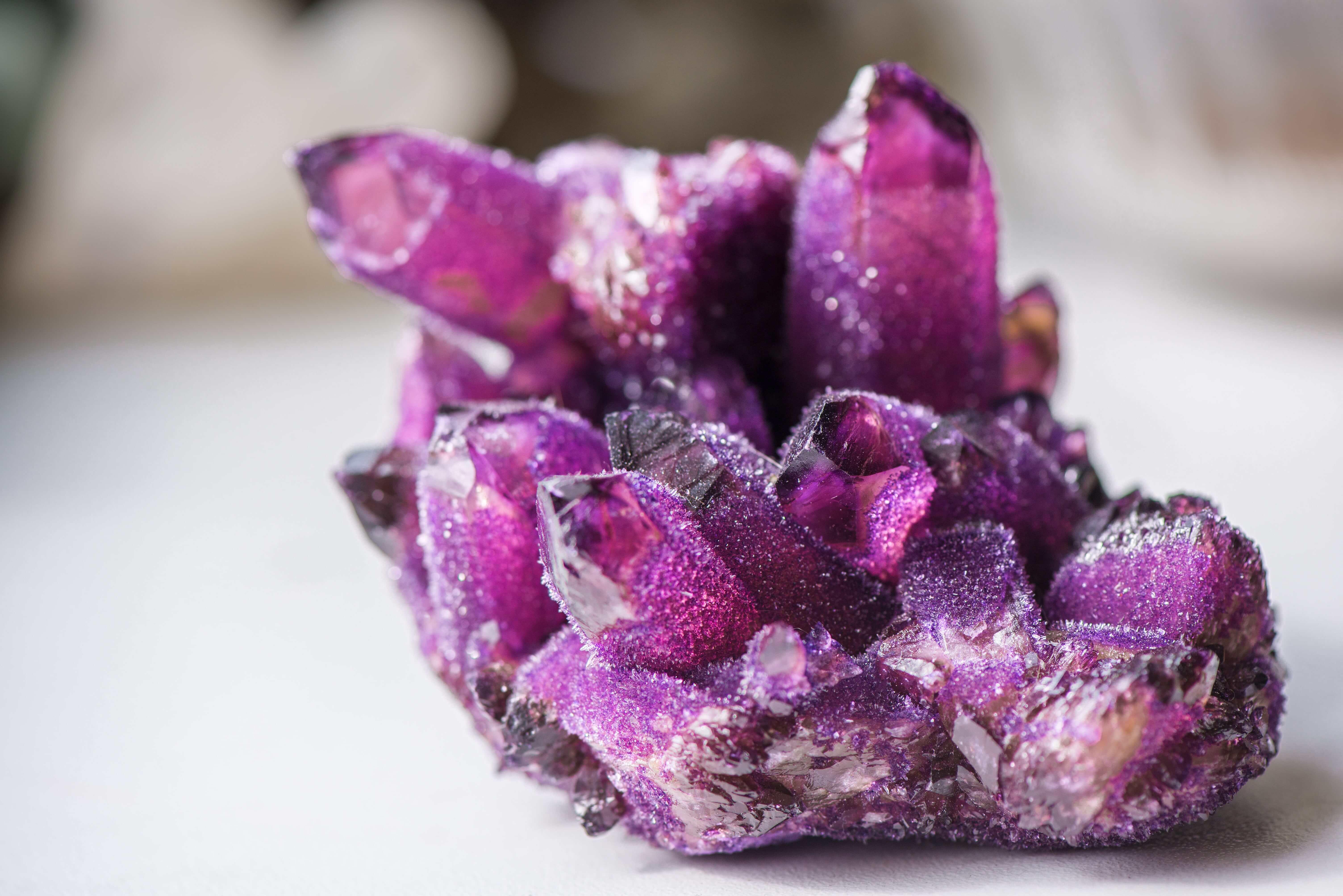 Pedras do amor: 5 cristais que você precisa conhecer