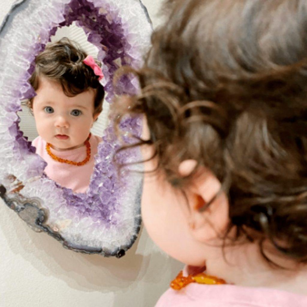 colar de âmbar para bebês