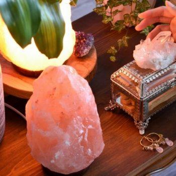 Aprenda a usar as luminárias de cristal na decoração da sua casa